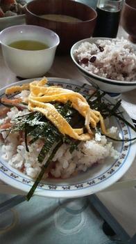 2009.2.28ちらし寿司.jpg