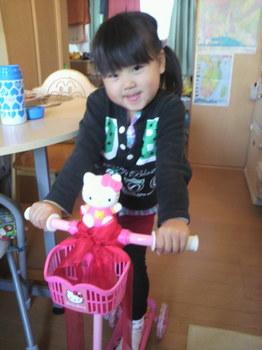 2011.12.19美琴5歳の誕生日プレゼント。.jpg